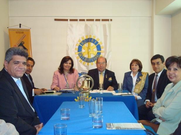 Gobernador con la Presidenta M.Eugenia MontesdeOca