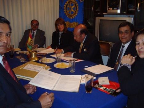 Reunión del Gobernador con la Presidenta Jane Del Castillo y su Directiva