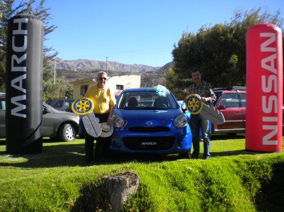 En la fotografía el Presidente de Rotary Club de La Paz Horacio Toro y el Presidente del Comité Distrital de La Fundación Rotaria José Luis Ballivian
